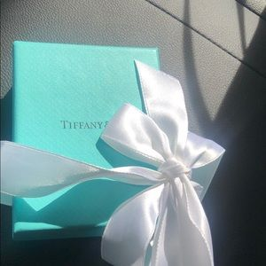 Brand new Tiffany pearl necklace